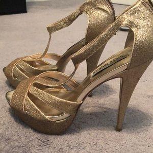 🎉 Sale - Steve Madden Gold Glitter Heels